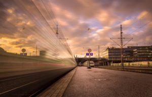 Daglig reiser ca. 200 000 passasjerer fra Helsingfors sentralstasjon. Mine togreiser gikk bl.a til Tammerfors og Esbo.
