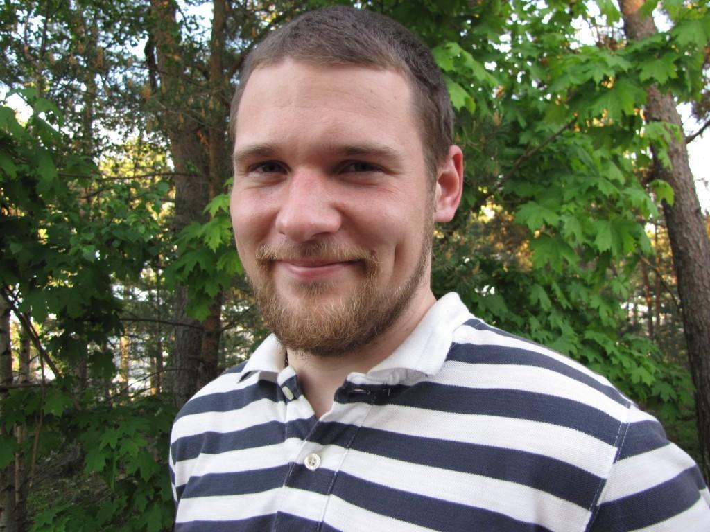 Rasmus Basilier i Eckerö är en av Finlands och ålands yngsta kommundirektörer. Foto: Privat