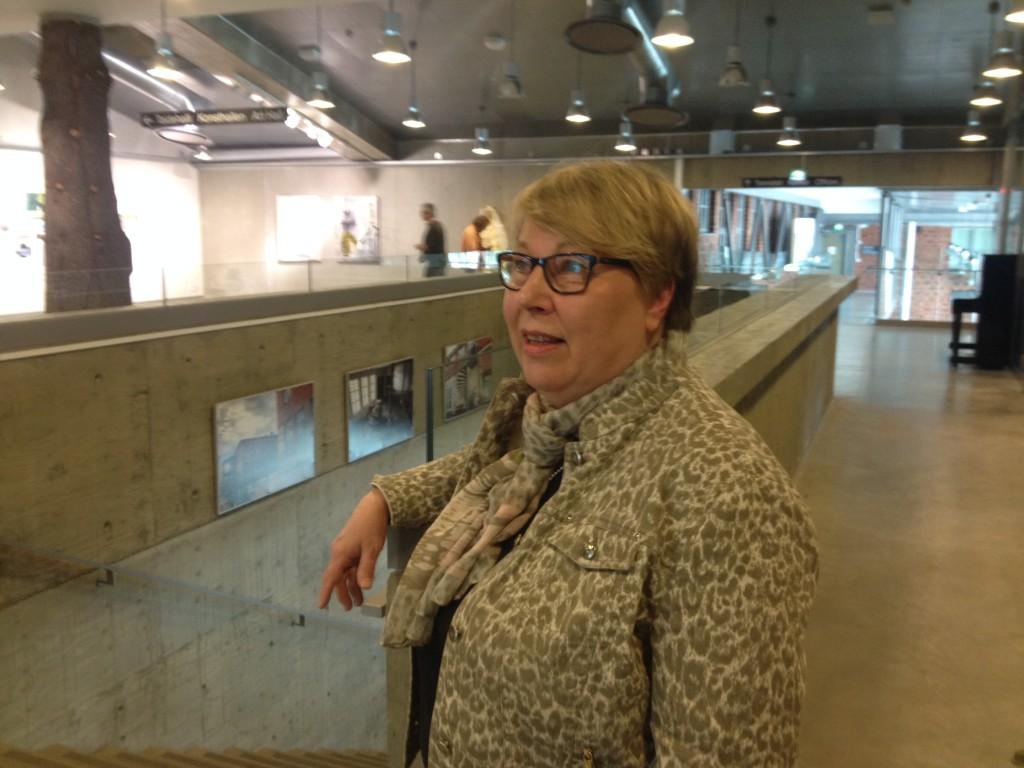 Då man gör upp en språkstrategi är attityden hos högsta ledningen ytterst viktig, säger Bodil Lund som föreläste för översättarna på Konstfabriken. Foto: Camilla Berggren