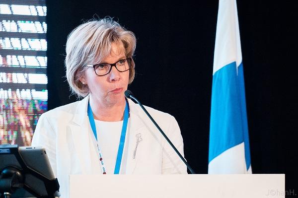 Anna-Maja Henriksson har en bit fram till Christoffer Taxells rekord. Foto: Johan Hagström