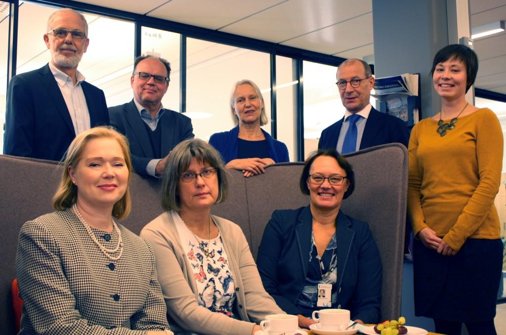 Sten Palmgren, Henrik Hägglund, Boel Isaksson, Torsten Widén, Eva Slotte , Paulina Tallroth, Ann-Marie Malmsten, Kristina Wikberg är medelmmar i referensgruppen för Kommunallagen ‒  Bakgrund och tolkningar.