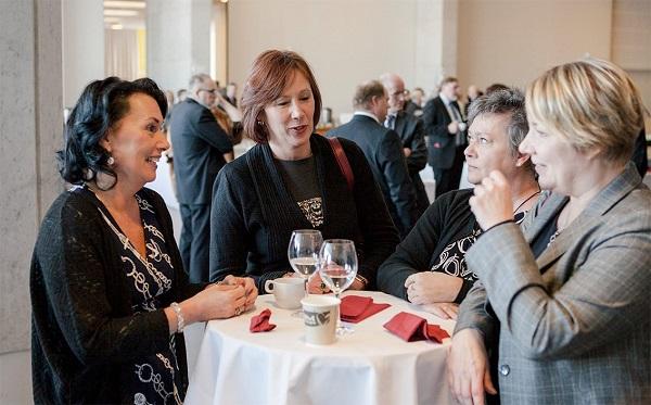 Kommunförbundets vice vd Hanna Tainio, styrelseordförande Sirpa Paatero och sakkunniga  Päivi Kurikka och Mervi Kuittinen på seminariet.