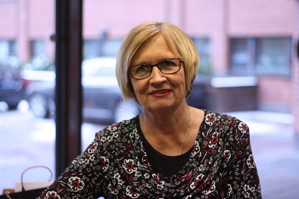 Ulla-Maj Wideroos är ordförande för Svenska reformgruppen.