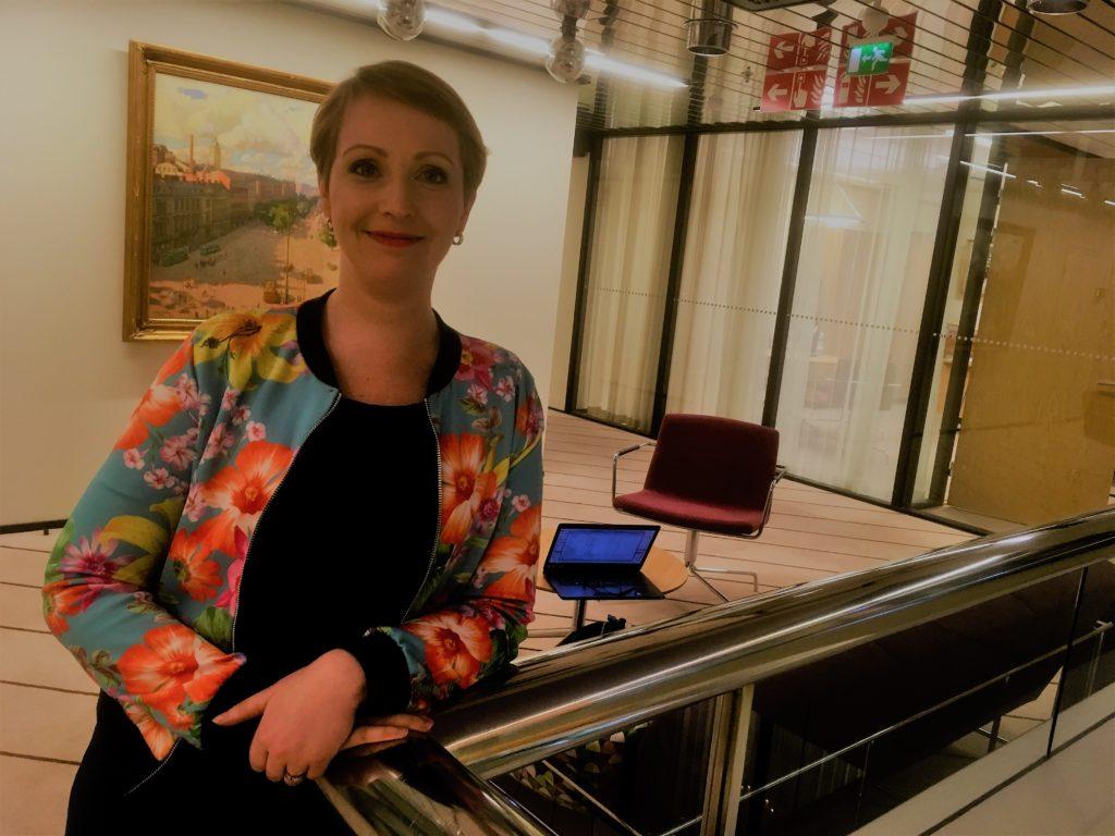 Kommunförbundets ledande jurist Ida Sulin föreläser om dataskyddsförordningen i en fyrdelad videoserie som kan köpas via Kurstorget.