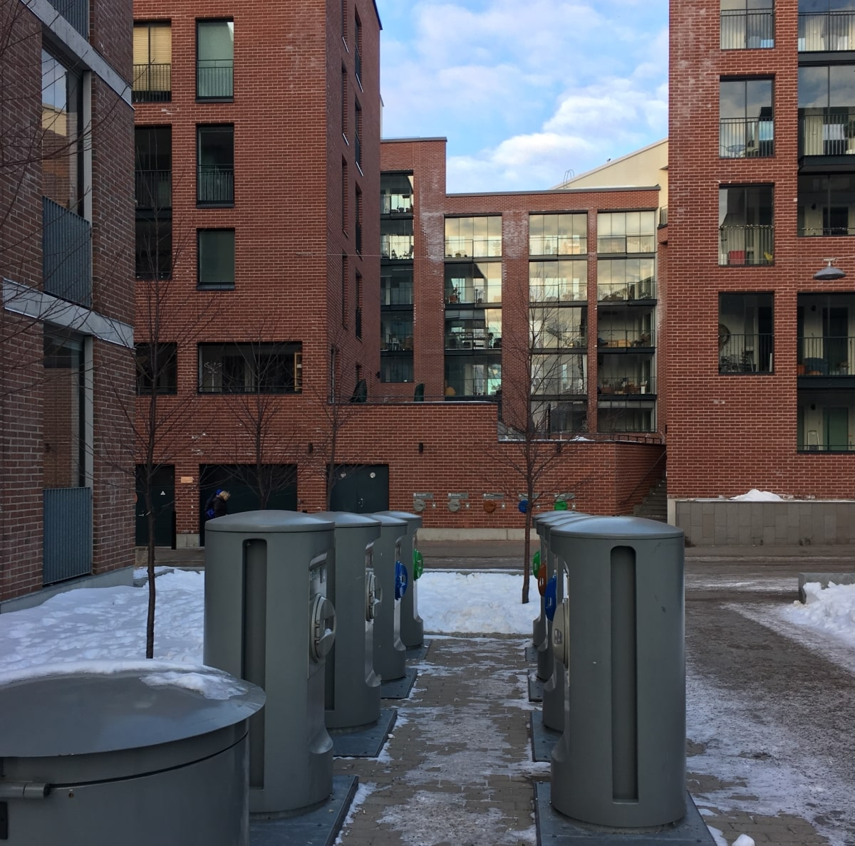 De nye bydelene i Helsingfors får nå vakuumdrevet underjordisk avfallssystem.