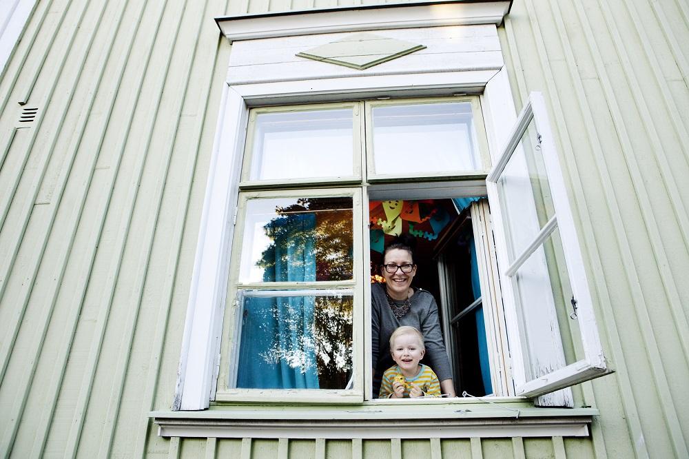 Världens lyckligaste land Finland ligger också i toppen i Europa och globalt när det gäller hur nöjda vi är med vårt boende.