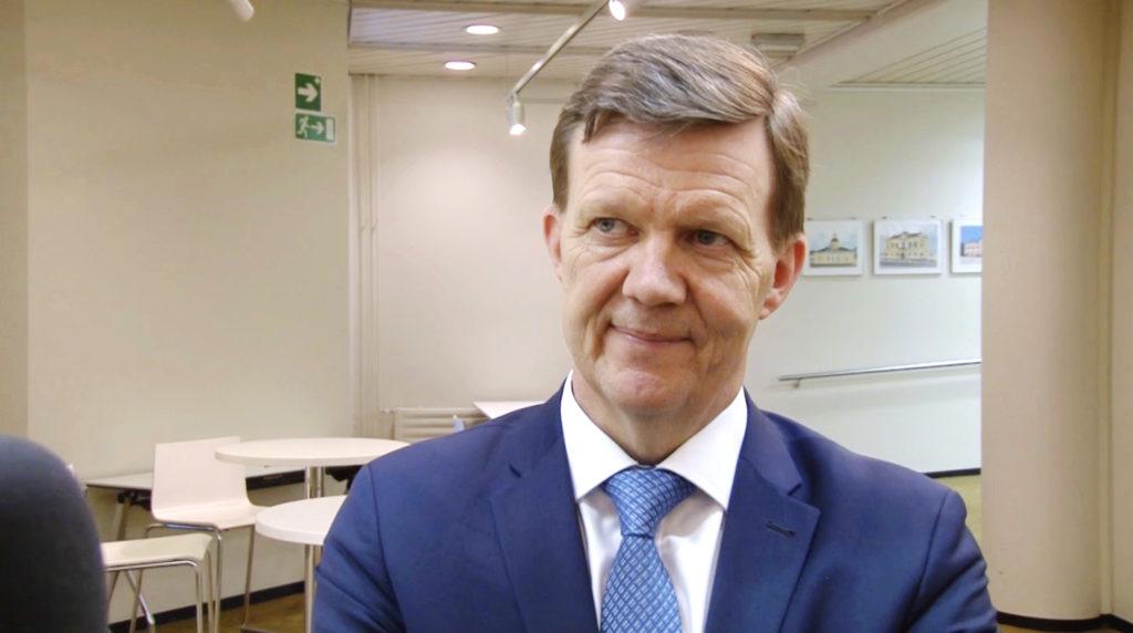 Jukka Ylikarjula avgår från posten som landskapsdirektör.