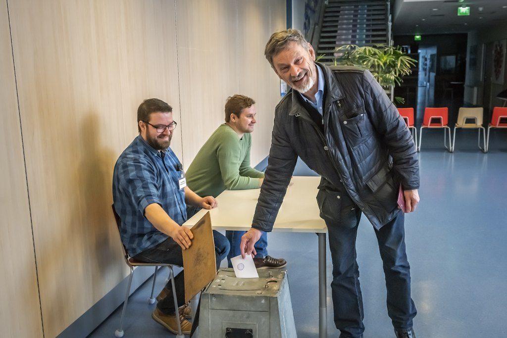 Det blev ett tydligt nej till samgång med Vasa i den rådgivande folkomröstningen i Korsholm. Michael Luther hör till dem som deklarerat att han röstar nej.