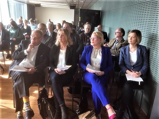 Fr vänster: Stefan Melesko, Sandra Widing, Susanna Landor och Marit af Björkesten.