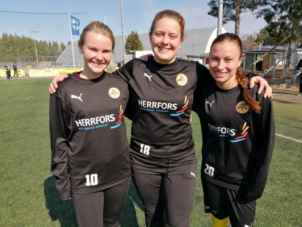 Marie-Helén Prest, Annika Grundvall och Sabina Wallis har varit med på IK Myrans resa till landets högsta nivå.