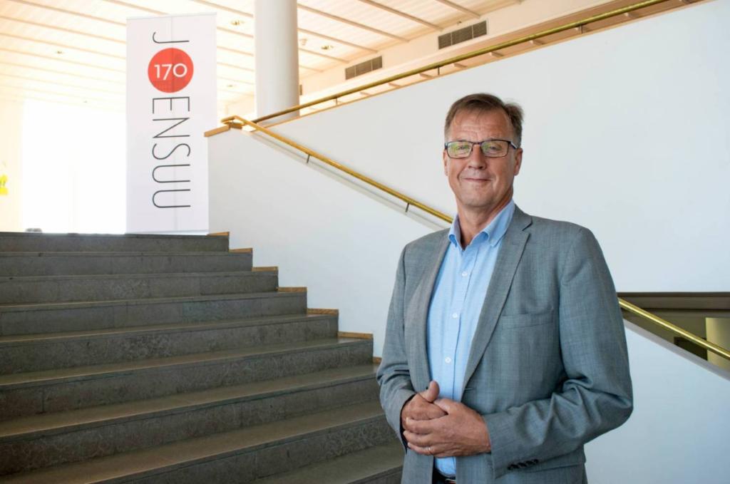 Kari Karjalainen är ordförande i Finlands Kommundirektörer rf.