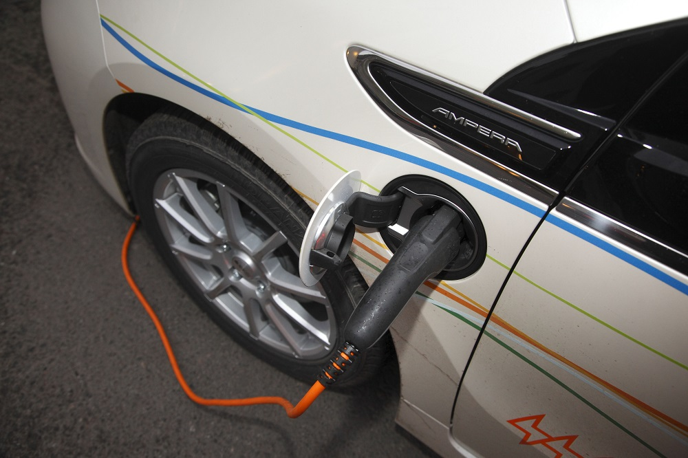 Trafiken står för en stor del av utsläppen. Kommunerna kan åtgärda det genom att använda klimatvänliga fordon.