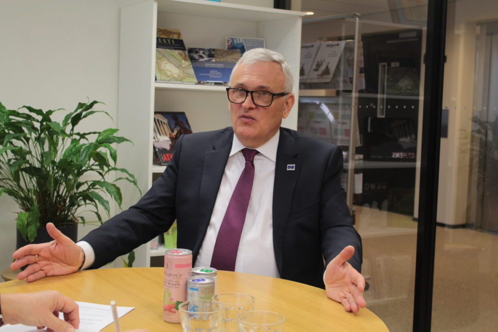 Det nya namnet speglar våra medlemmar på ett bra sätt, säger Anders Knape, ordförande för Sveriges Kommuner och Regioner, tidigare SKL.