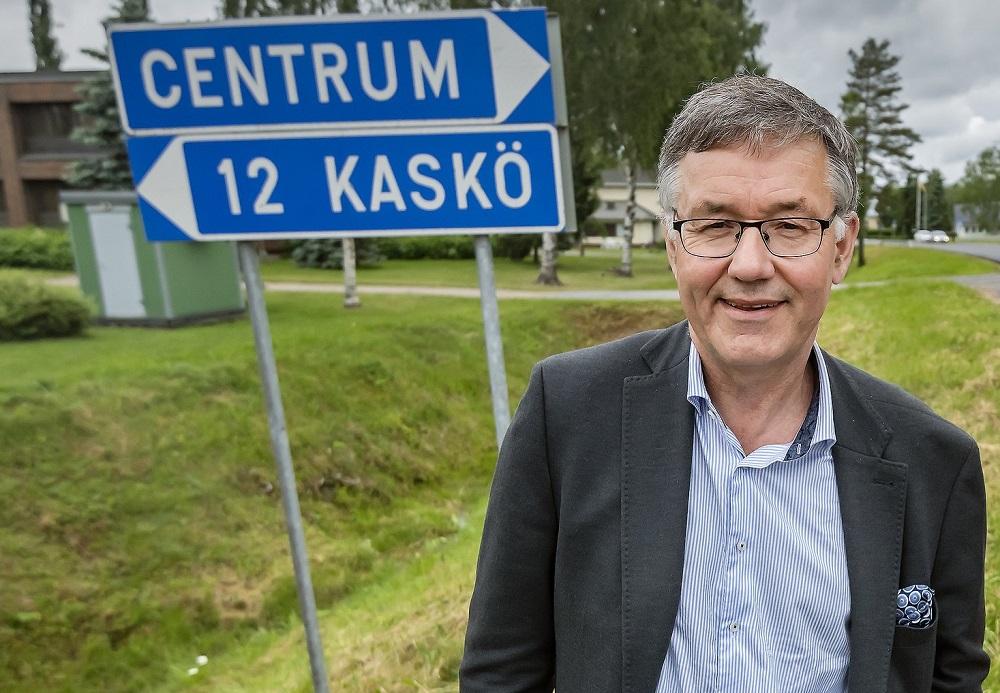 Hans-Erik Lindqvist, stadsdirektör i Närpes