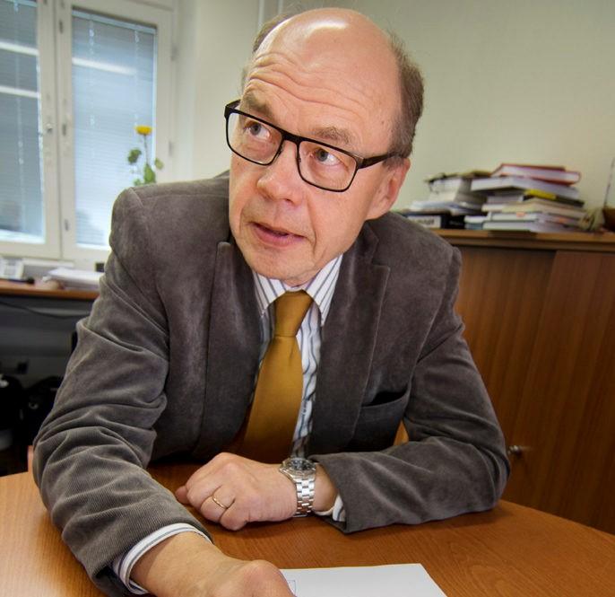Olli-Pekka Lehtonen är chefläkare vid ÅHS.
