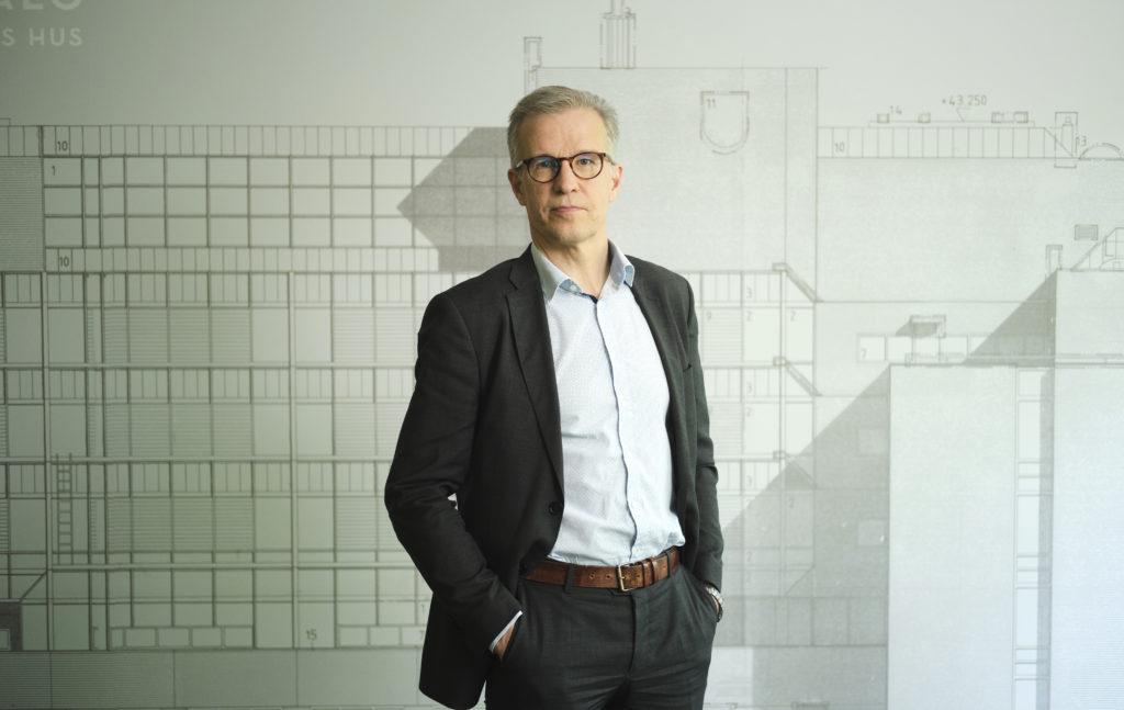 Det framför allt företag inom turism- och restaurangbranschen samt passagerartrafiken som behöver stöd, uppger Jarkko Huovinen vid Kommunförbundet.