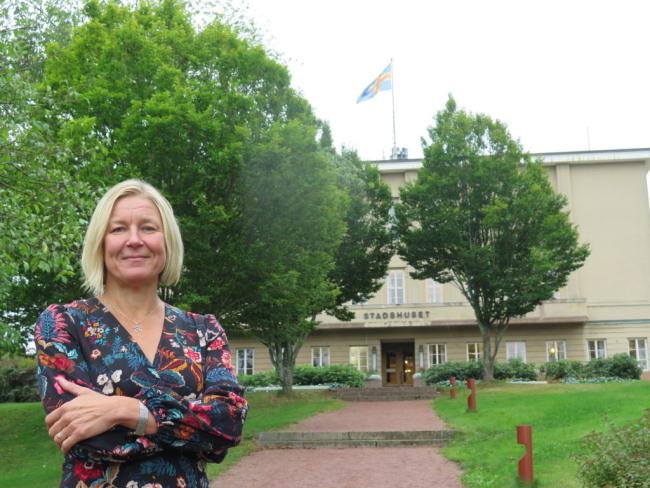Mariehamns stadsdirektör Barbara Heinonen säger att det har sina sidor att söka nytt jobb som offentlig person.
