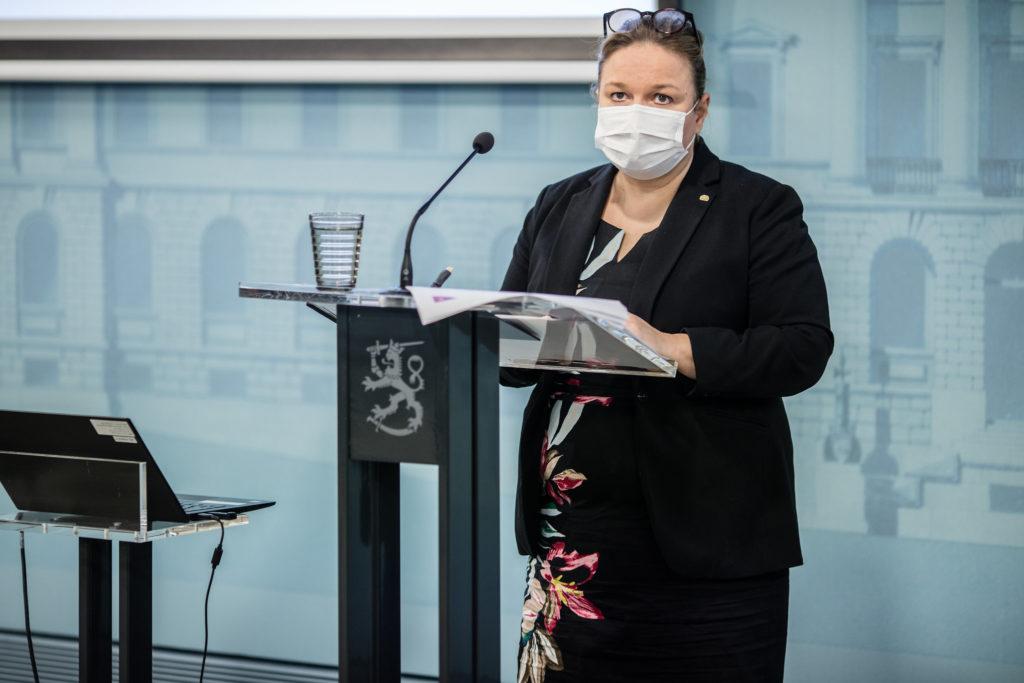 Familje- och omsorgsminister Krista Kiuru (SDP).