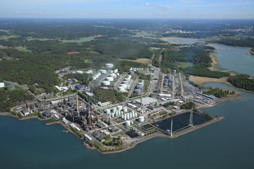 Raffinaderiet i Nådendal grundades 1957. I vår läggs det ner.