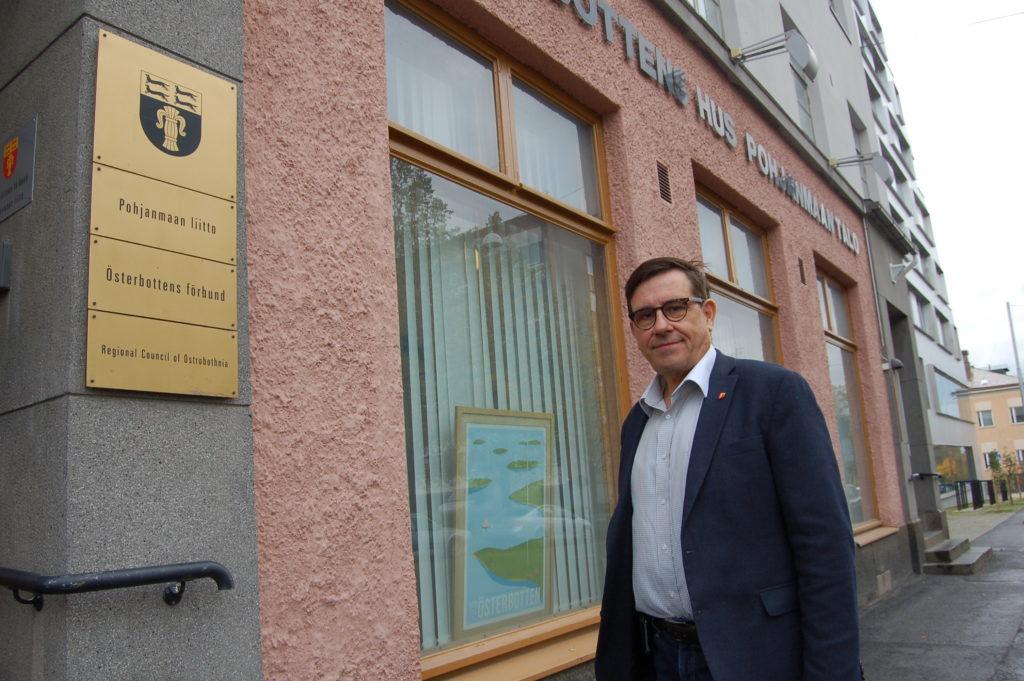 Landskapsdirektör Kaj Suomela går i pension nästa år.