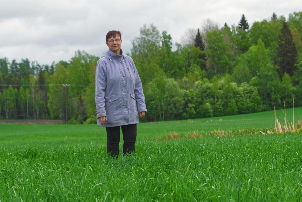 Jag kommer inte att kräva området tillbaka och jag tror inte att de som bor här skulle bli så mycket lyckligare av det, säger Christel Liljeström. Hon var ordförande i Sibbo kommunfullmäktige då gränsen i Östersundom flyttades för 12 år sedan.