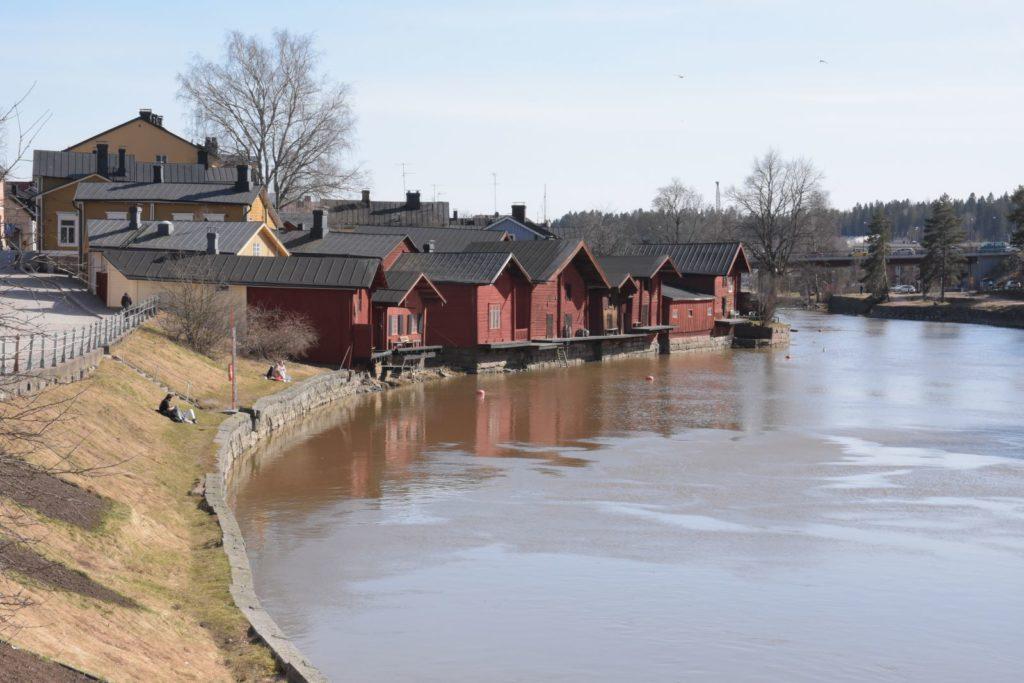 Gamla metoder tas till heders. De gamla trähusen i Borgå är moderna igen, åtminstone om man ser till byggmaterialet.
