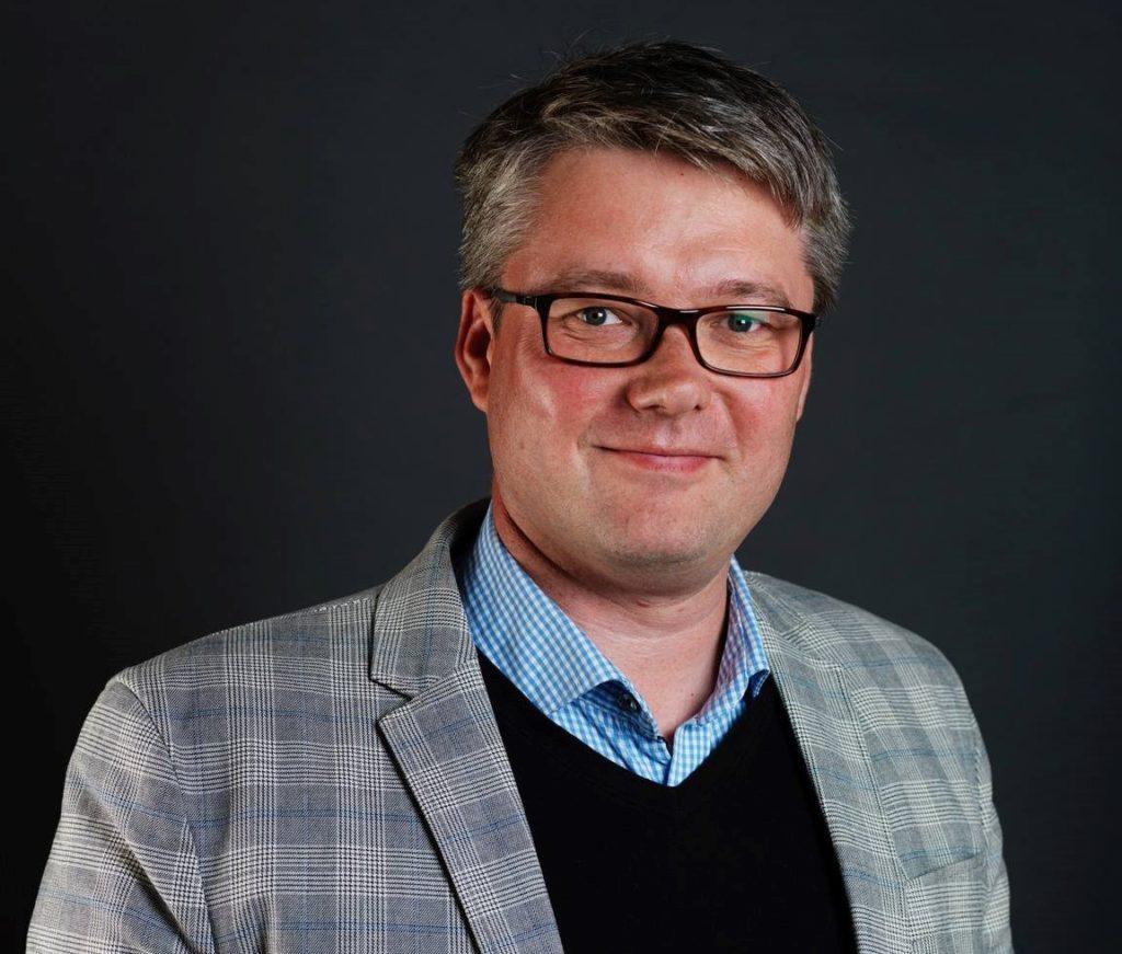 Erik Lund.