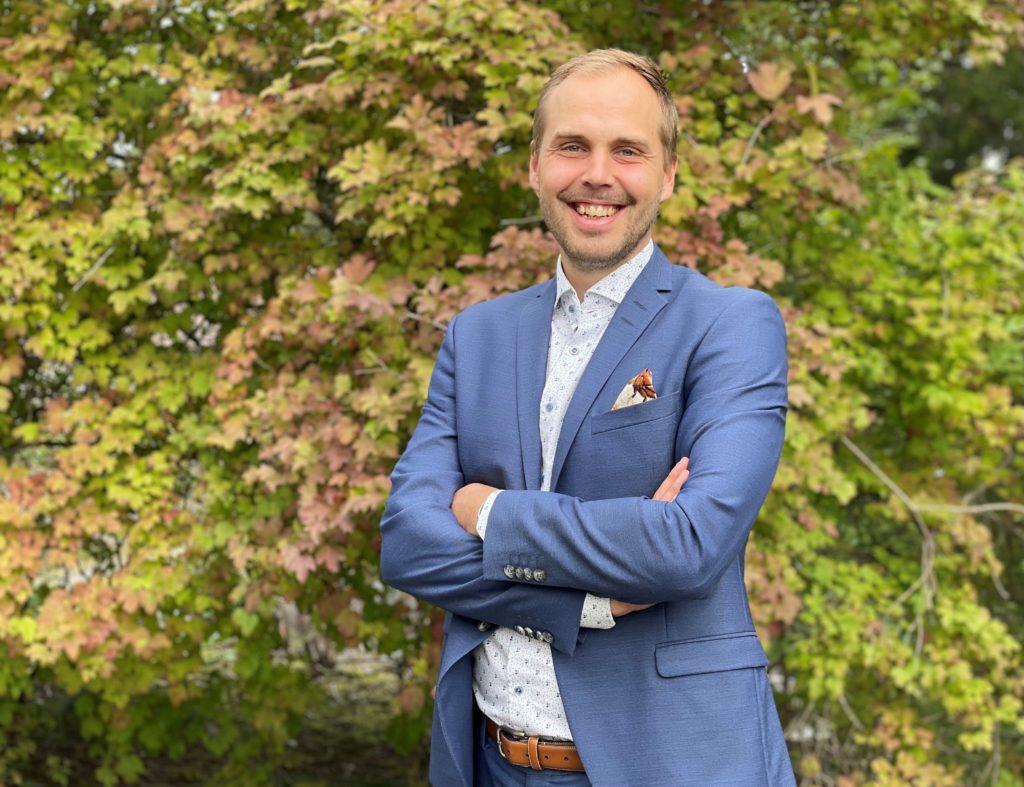 Martin Norrgård är bekant med Nykarleby via intressen och vänner, men hade ingen annan koppling till staden, innan han blev dess nästa stadsdirektör.